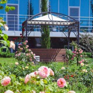 Фото парка отеля Крыма Аквамарин