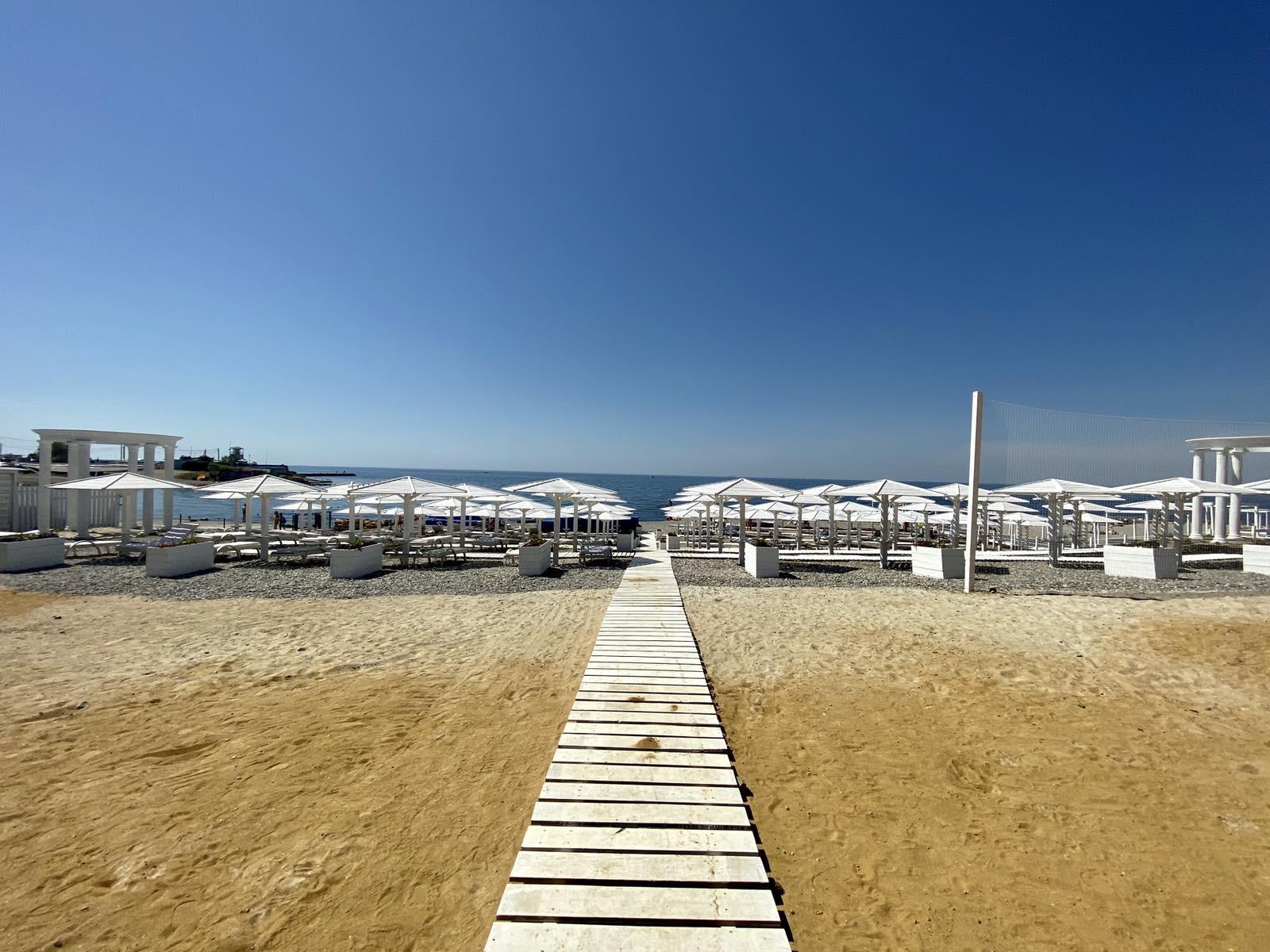 Фото отеля с собственным пляжем